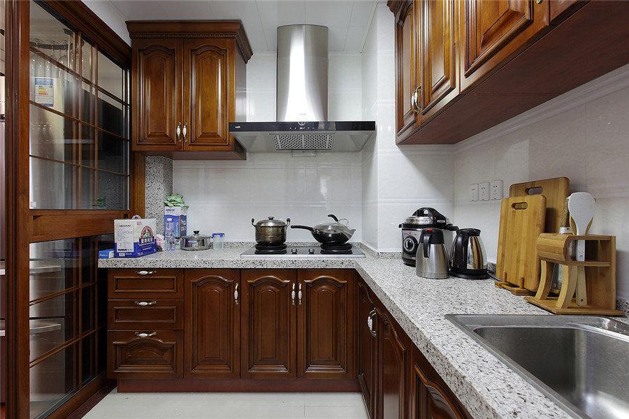 中式裝修風格廚房櫥柜裝飾效果圖