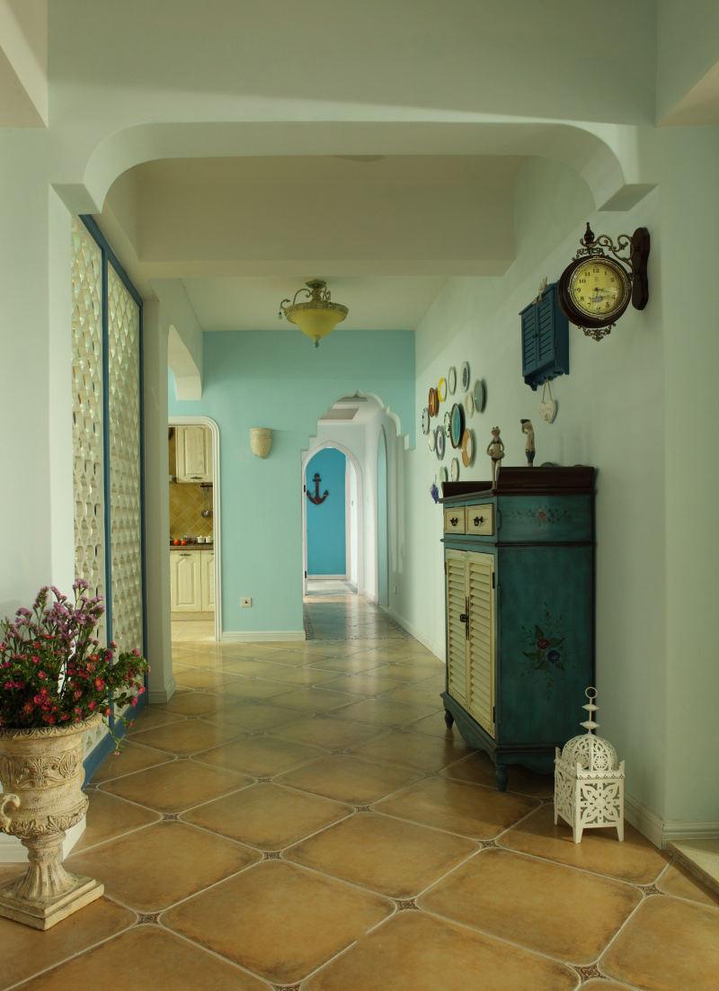 装修百科 装修效果图 装修美图 清新自然地中海风格家居室内玄关过道