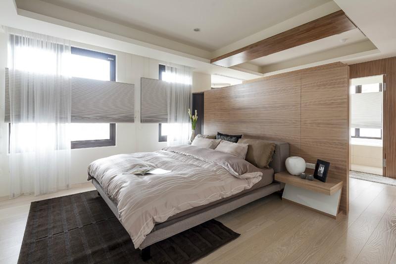 开放式现代卧室原木背景墙隔断装修设计图_装修百科