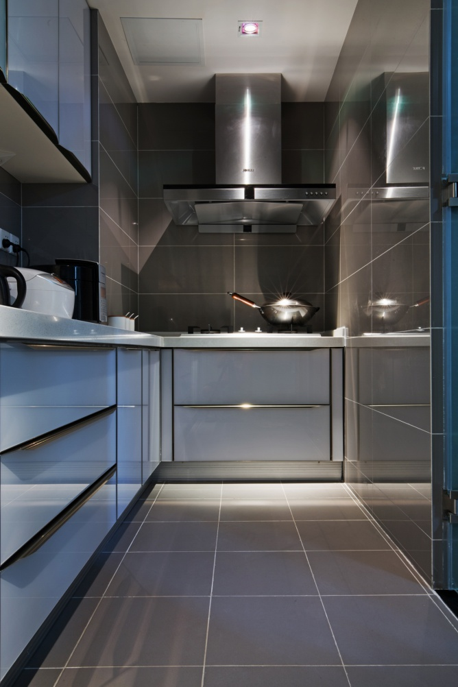 宜家灰白厨房装修效果图