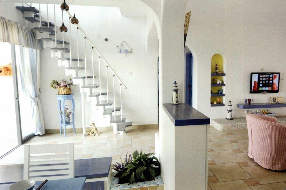 希腊地中海装饰风格复式楼梯装修效果图