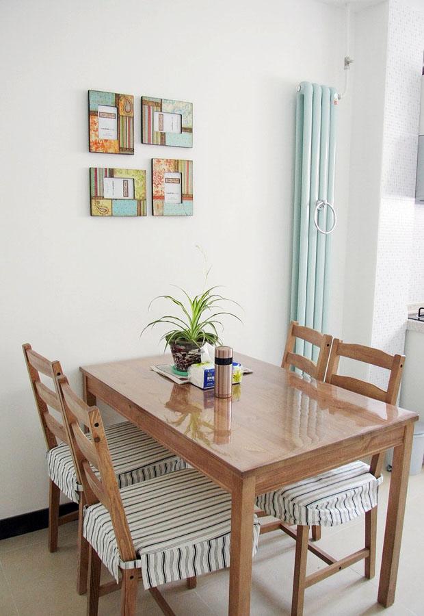 现代简约一居室餐厅布置