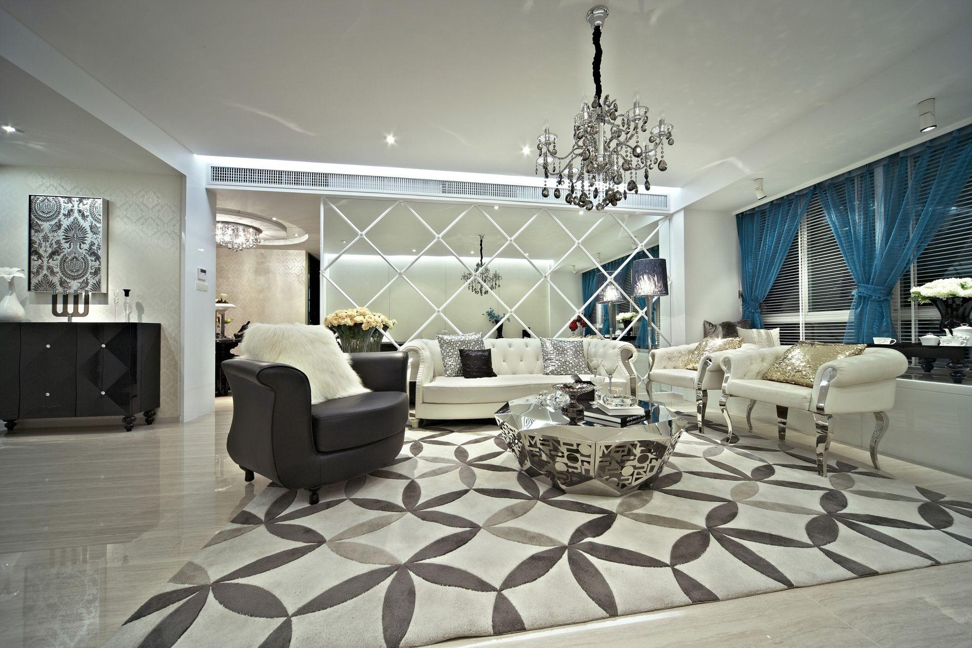 精致现代客厅玻璃背景墙设计