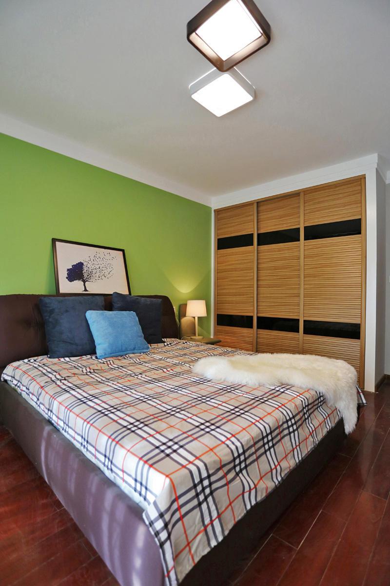 2017黑色北欧风格衣柜卧室装修效果图大全 2017黑色北欧风格衣柜卧