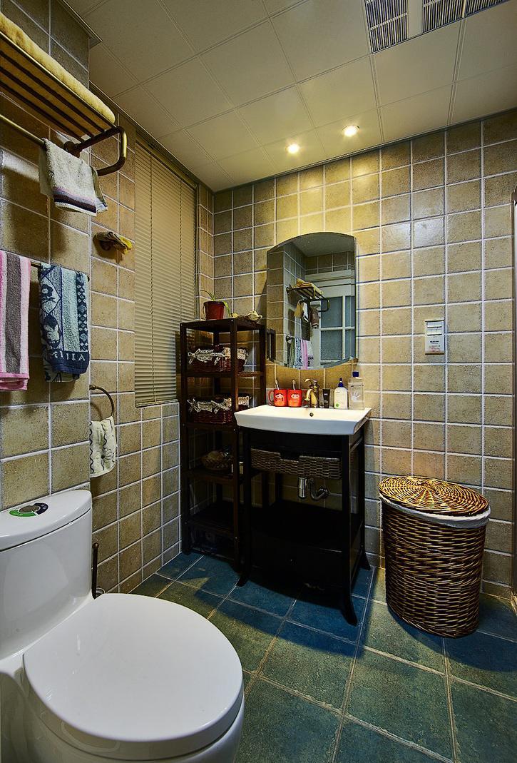 现代卫生间美式装修风格装潢效果图