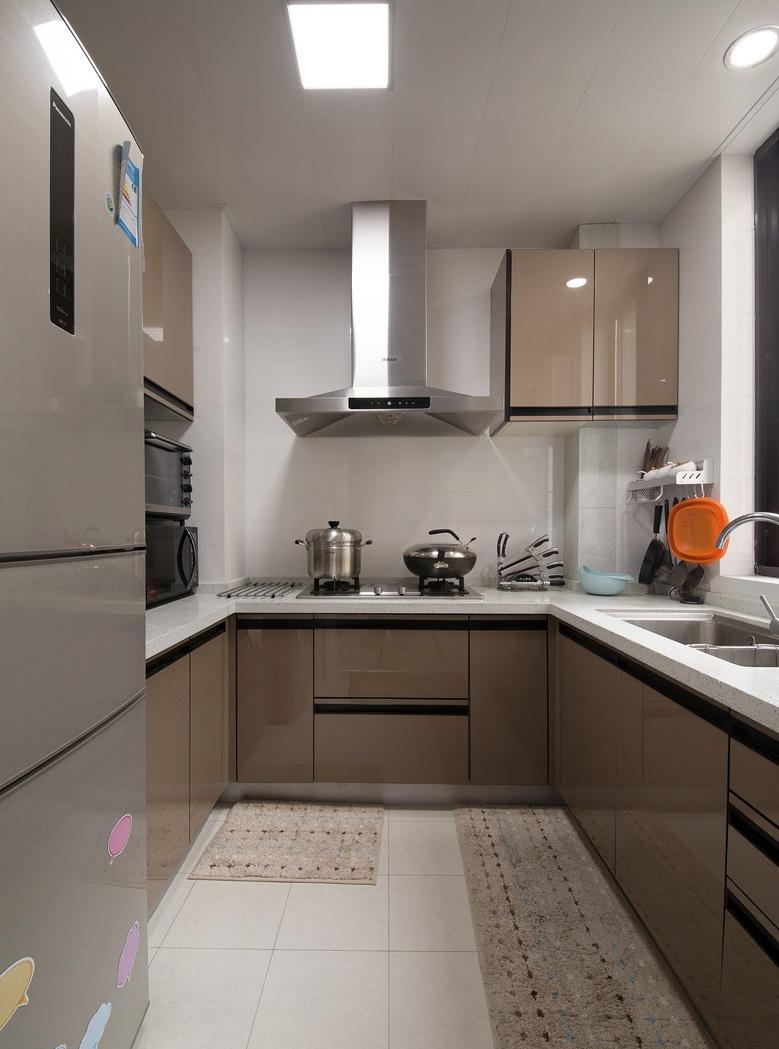 淺咖啡色現代廚房裝飾效果圖