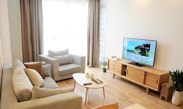 简洁原木日式设计小户型客厅装饰效果图_装修百科