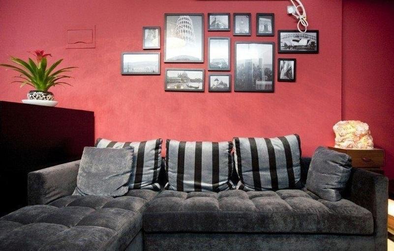 時尚現代室內紅色相片墻裝潢效果圖