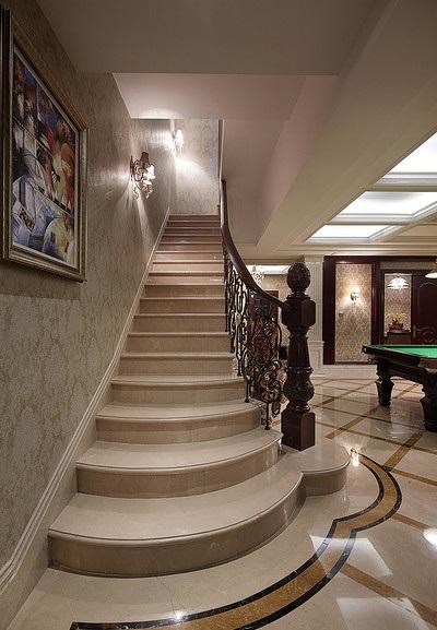 装修百科 装修效果图 装修美图 欧式设计风格别墅楼梯装修案例图 欧式