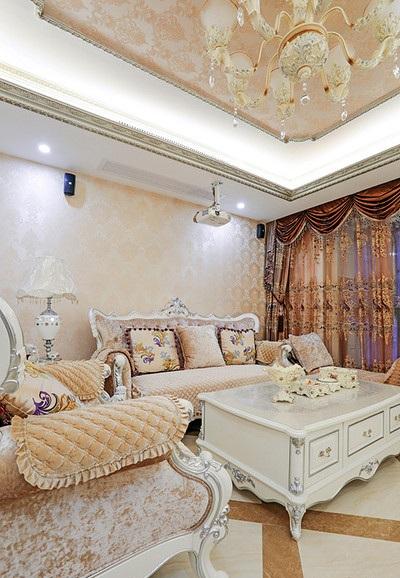 唯美浪漫温馨简欧客厅软装装饰效果图_装修百科