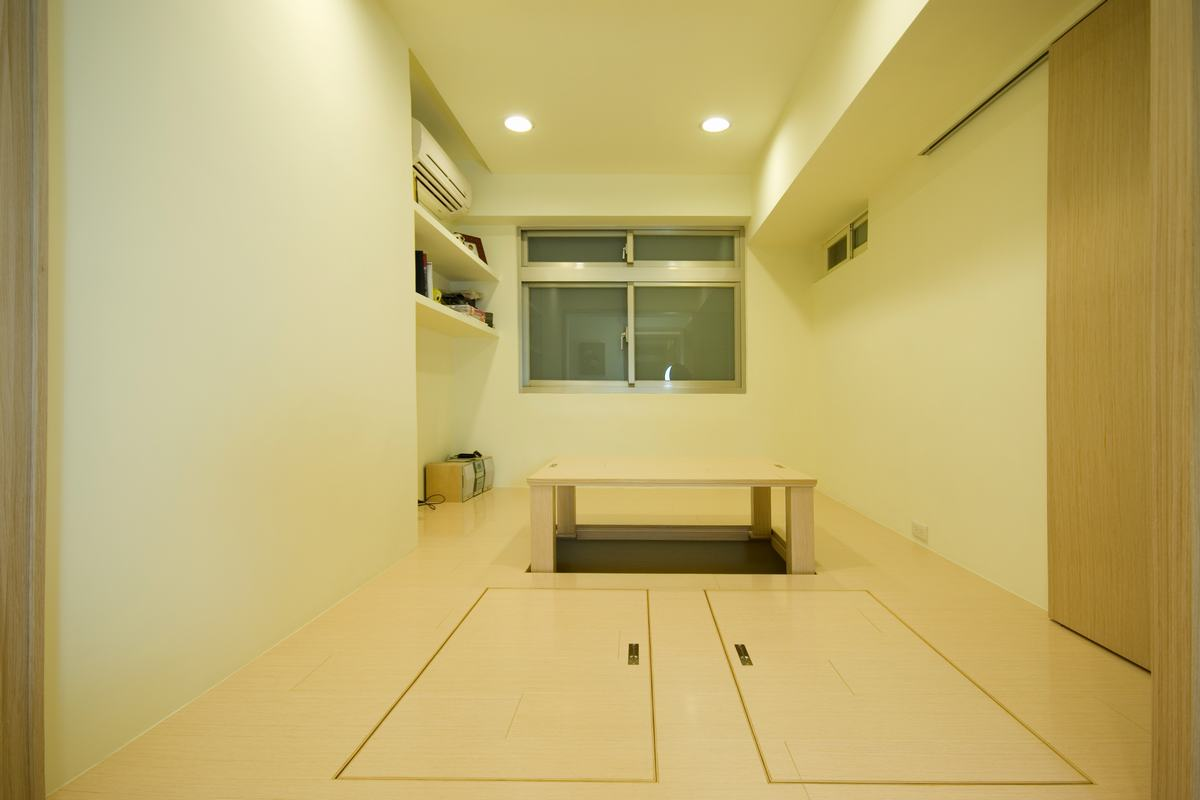 米黄色简约室内榻榻米升降台设计