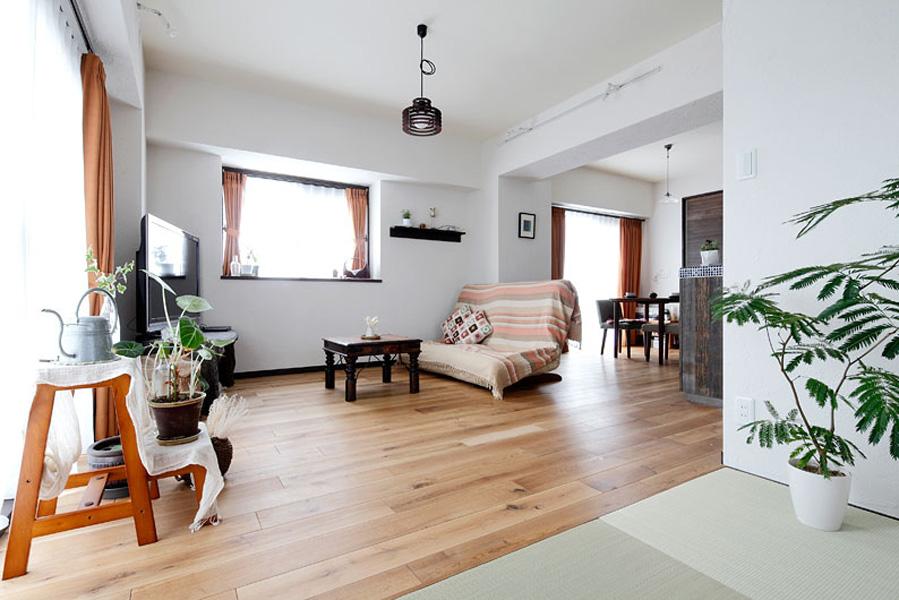 极简日式风格家居客厅简易装修图