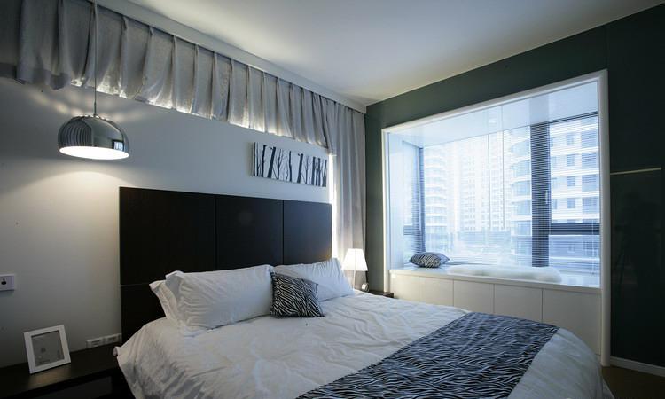 素雅现代简约卧室飘窗设计装修图