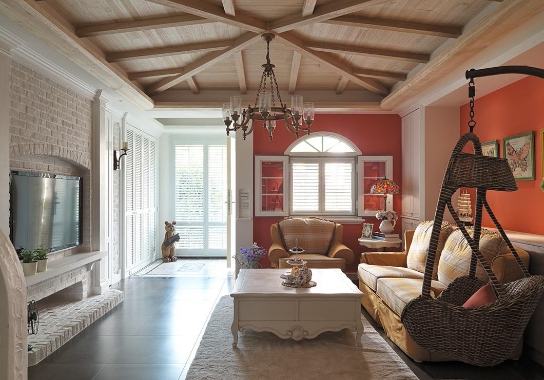 美式乡村风格复式客厅实木吊顶_装修百科