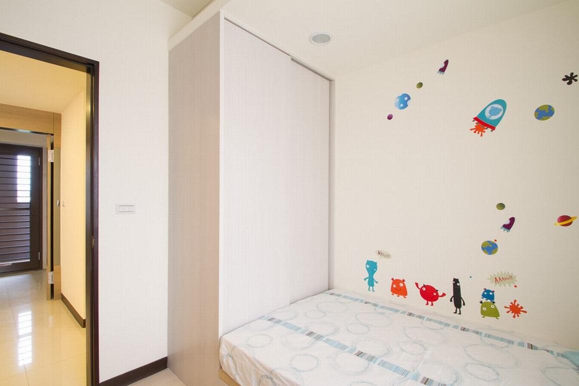 簡約現代兒童房墻貼欣賞