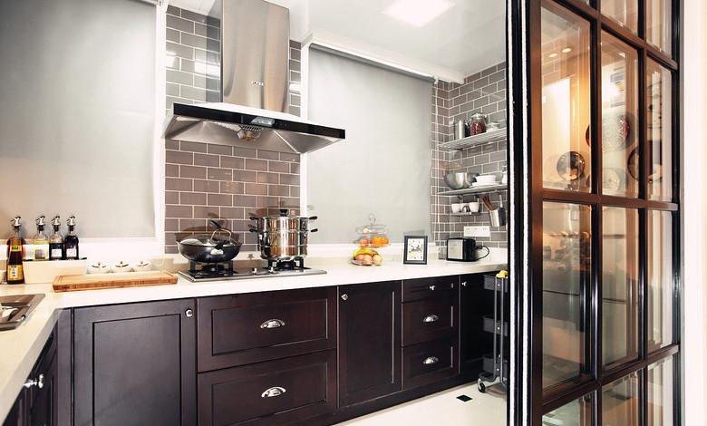 古典美式风格厨房玻璃推拉门装饰效果图_装修百科