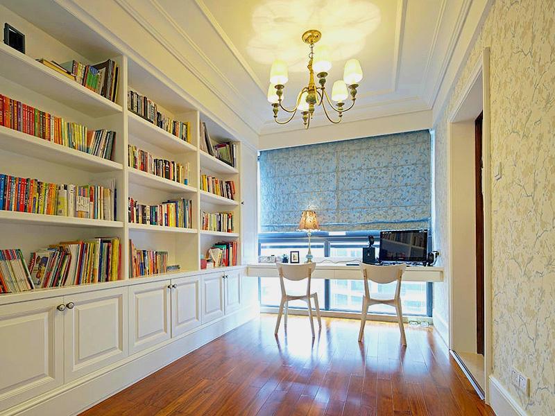 15平純白簡歐書房訂制書柜裝修設計圖