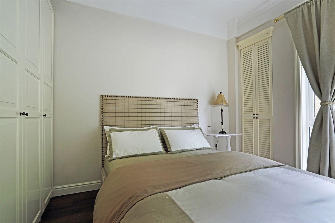 简约美式装修风格家居卧室局部装饰效果图