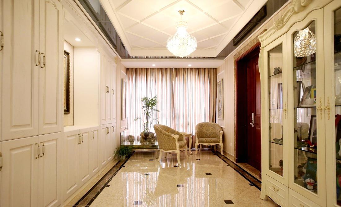 装修百科 装修效果图 装修美图 时尚欧式风格大三居玄关设计装修图