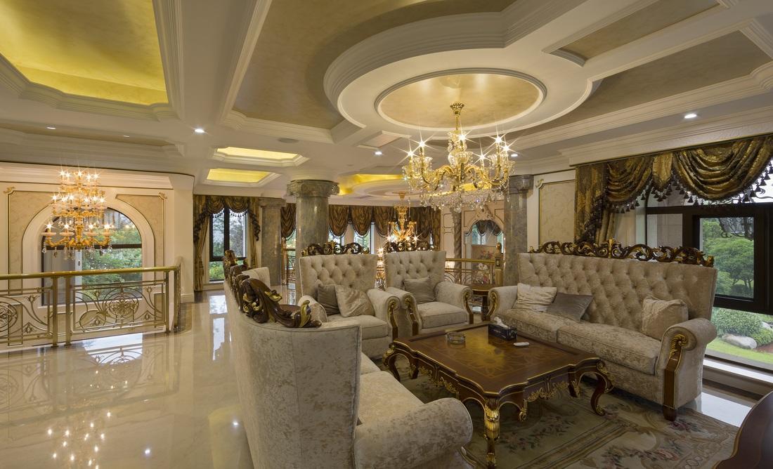 装修百科 装修效果图 装修美图 豪华鎏金古典欧式风格别墅客厅吊顶