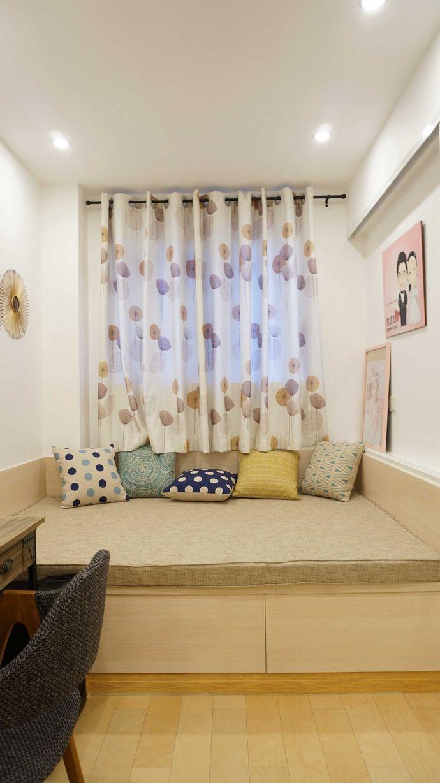 简洁北欧风格三居室内地台榻榻米设计装修图-北欧风格榻榻米装修效