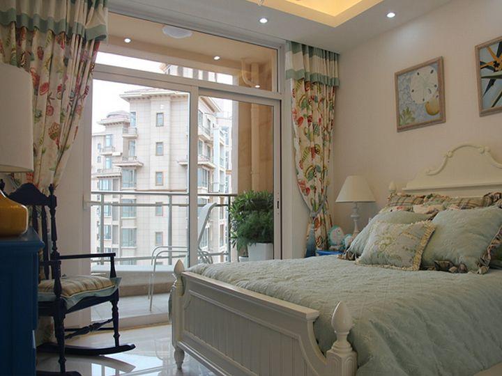 现代简约风格卧室阳台设计案例图