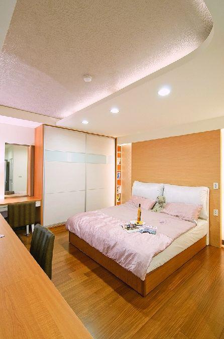 优雅清新实木简约中式卧室装修欣赏图