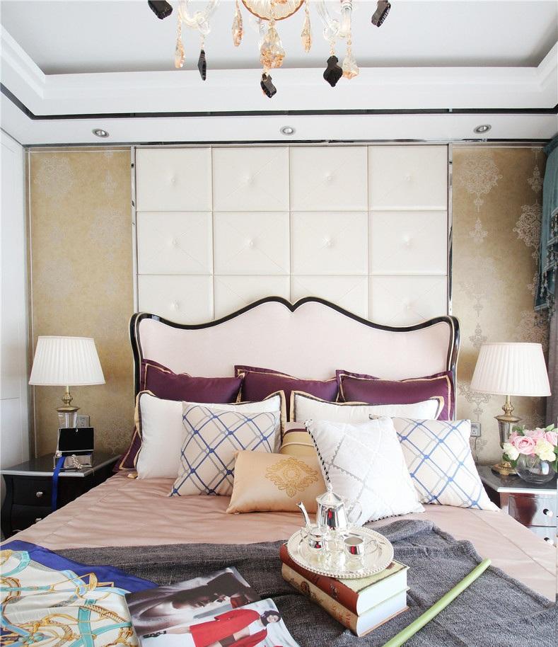 装修效果图 装修美图 唯美现代欧式卧室床头软包装饰图
