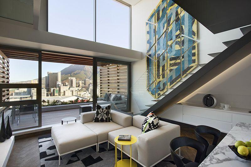 时尚现代简约风格复式客厅阳台玻璃移门隔断设计_装修百科