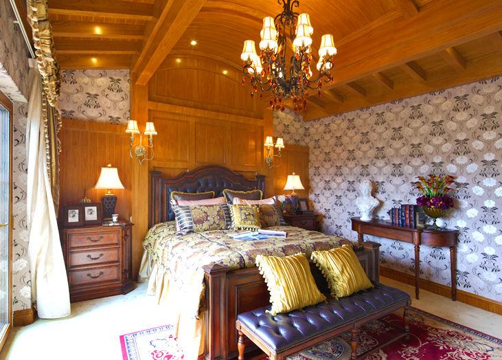 优雅别致欧式托斯卡纳风格卧室实木吊顶效果图