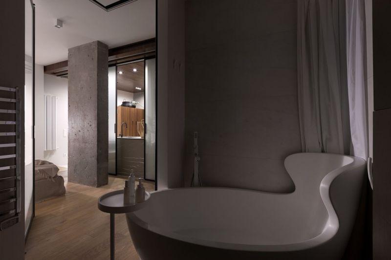 咖啡色現代裝修風格衛生間浴缸設計裝修圖