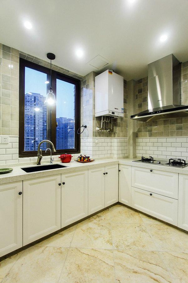 現代簡約風格家裝廚房窗戶設計效果圖_裝修百科