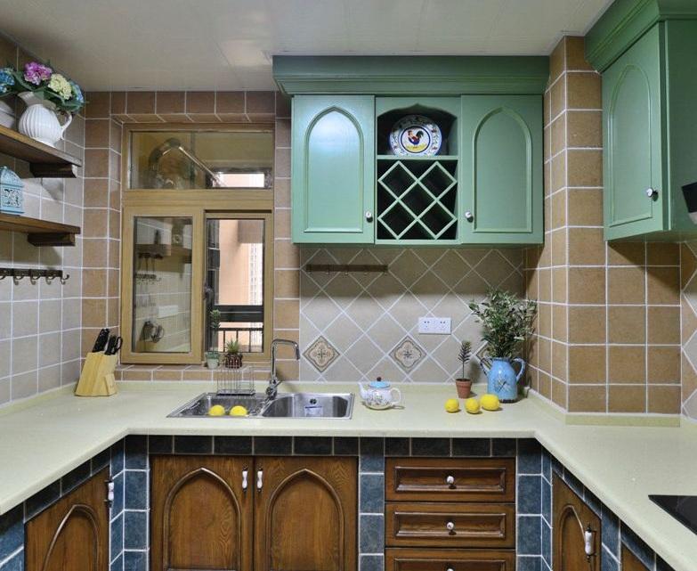 复古欧式田园复式厨房设计装潢案例图_装修百科