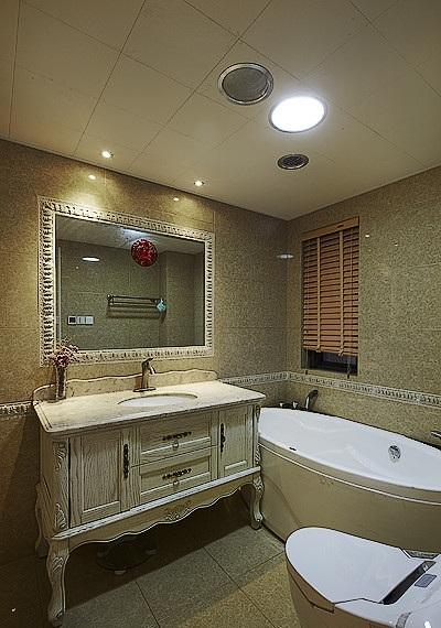 复古欧式风格卫生间浴室柜装饰效果图_装修百科
