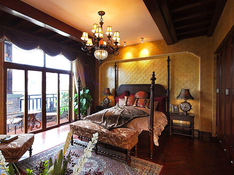高贵大气复古欧式风格别墅卧室四柱床装饰图片_装修百科