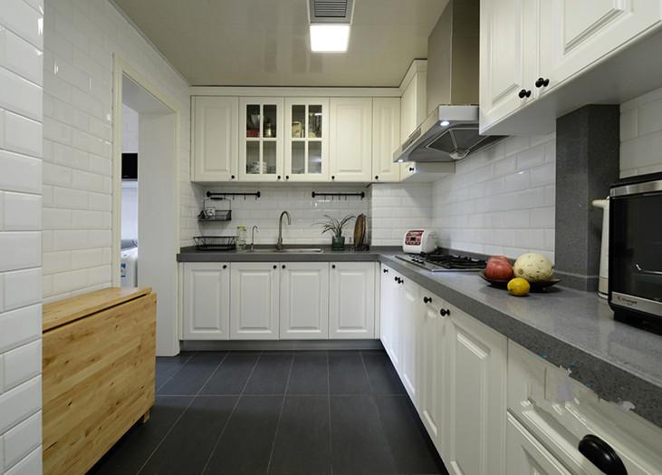 简洁时尚美式风格厨房装饰欣赏图片_装修百科