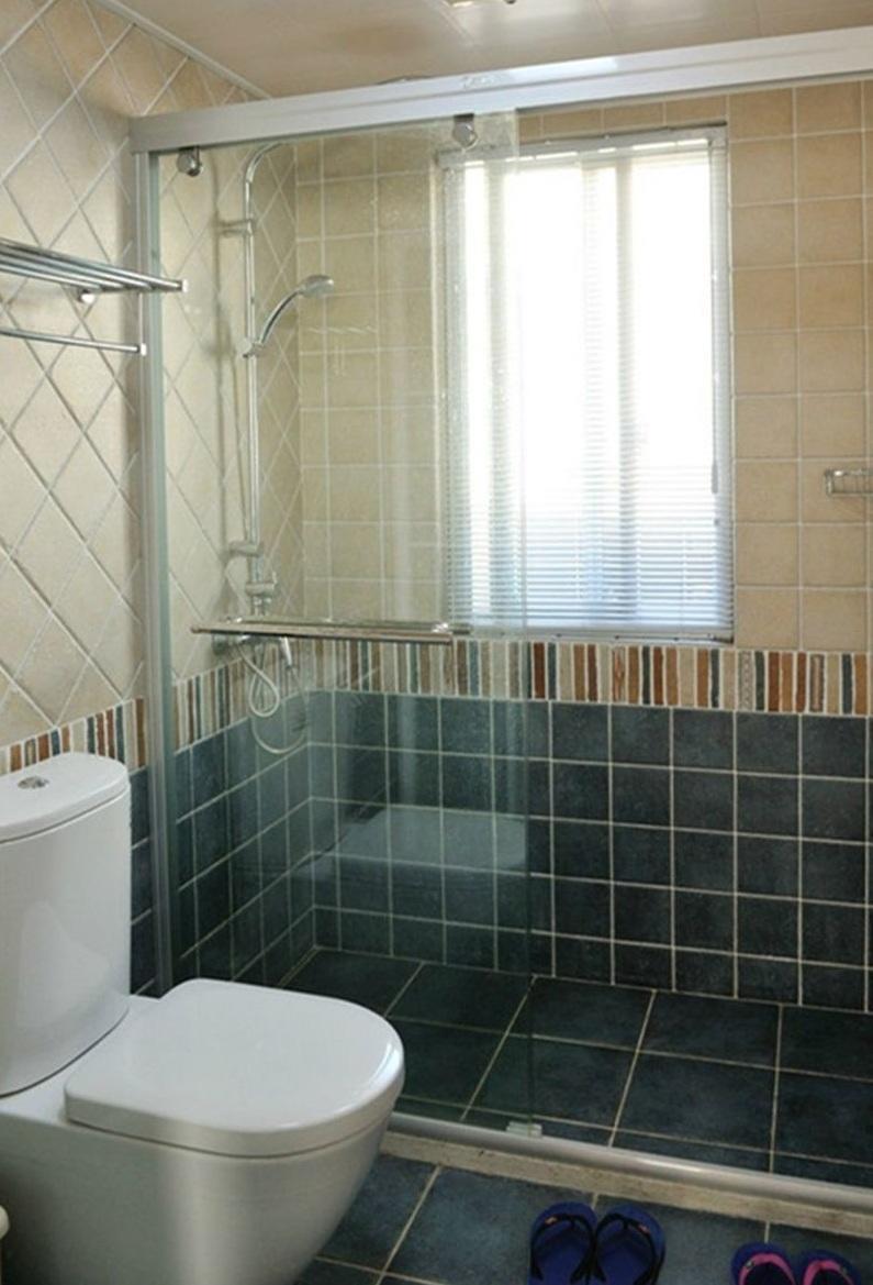 现代风格室内卫生间瓷砖腰线装饰效果图_装修百科
