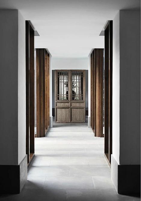 装修效果图 装修美图 复古素雅中式家装过道实木阴角线效果图