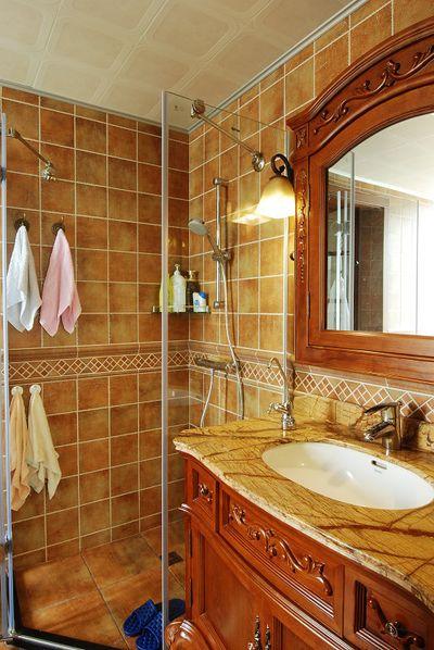 复古美式风格干湿分离卫生间设计装潢效果图_装修百科