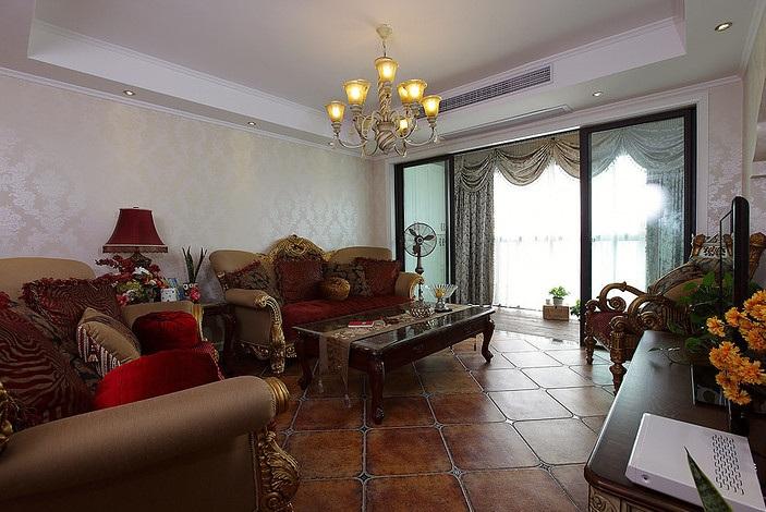 华丽欧式复古三居客厅设计装修案例图_装修百科