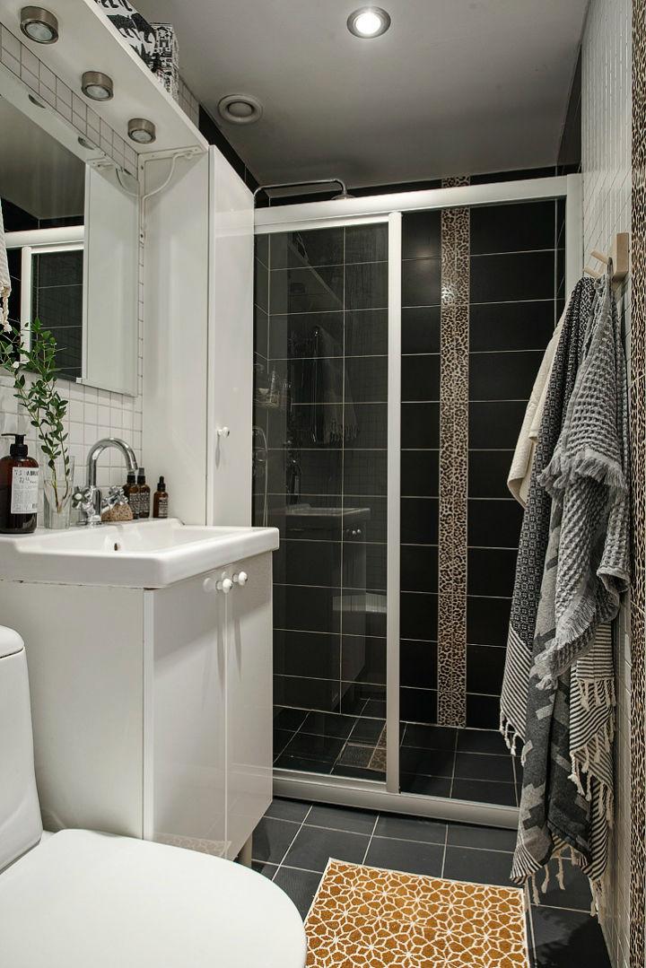 时尚北欧黑白卫生间搭配装修效果图