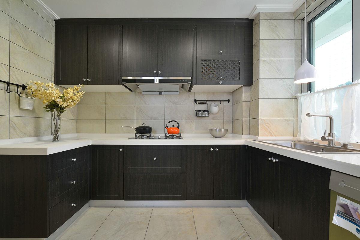 120平现代美式u型厨房设计装潢效果图_装修百科