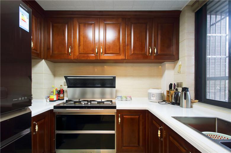 装修百科 装修效果图 装修美图 高雅新古典红木中式厨房设计欣赏图