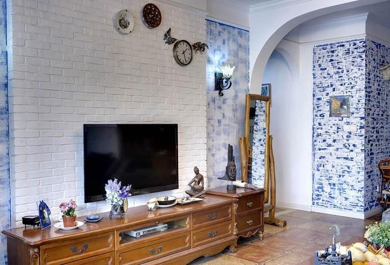 简约复古地中海客厅白色电视背景墙_装修百科